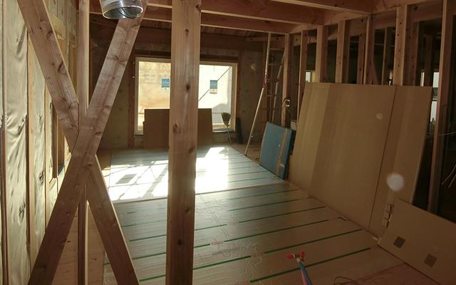 温水式床暖房のガス代は意外に高くない